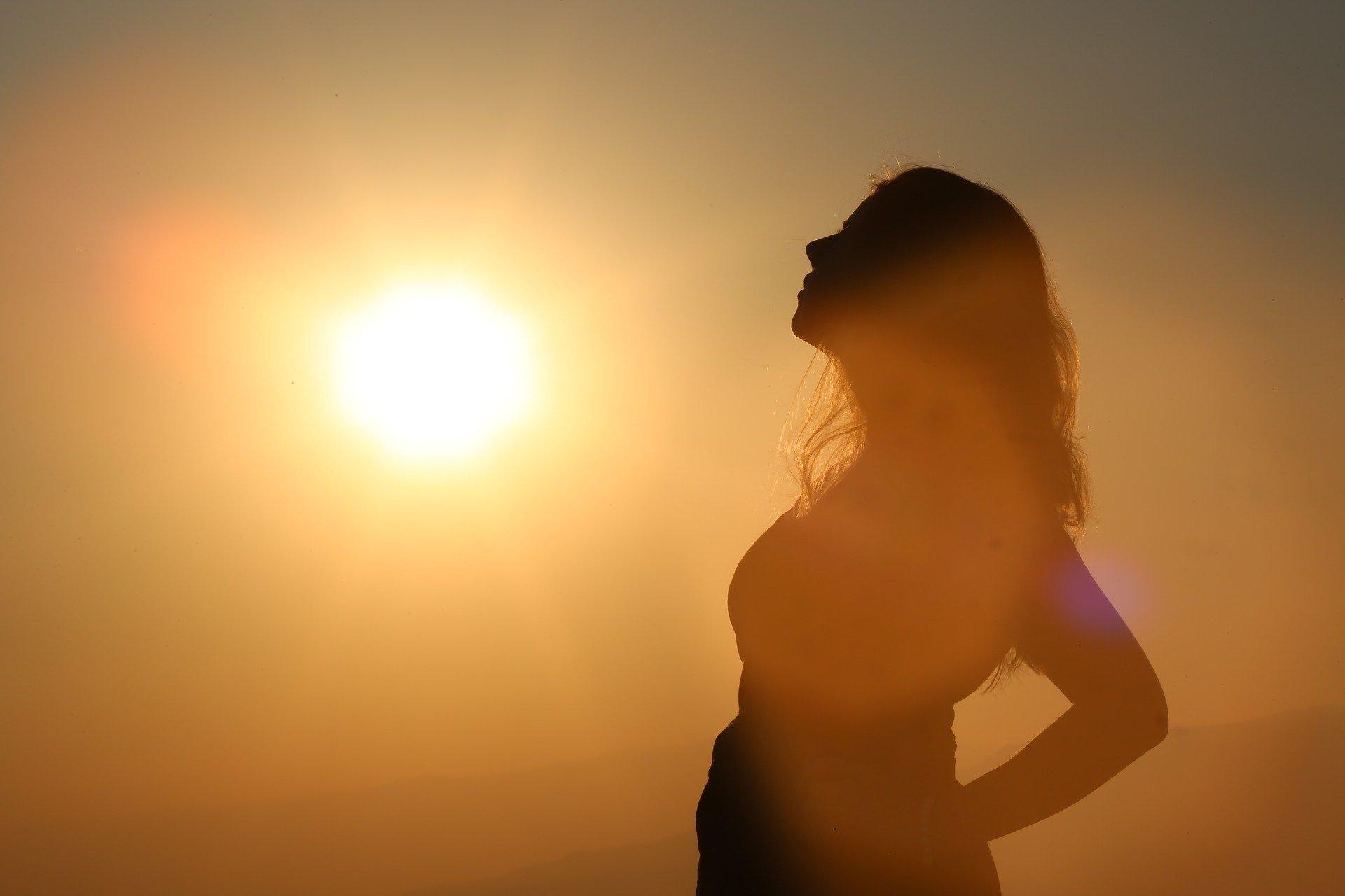 Hoe lang moet je in de zon zitten om genoeg vitamine D aan te maken?